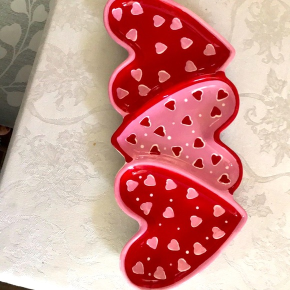 Heart shaped serving tray